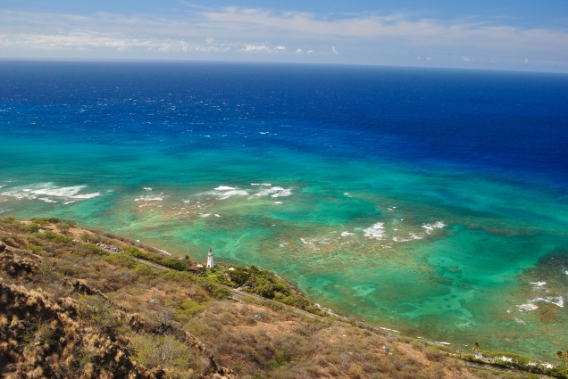 View of the lighthouse below the Diamond Head viewpoint